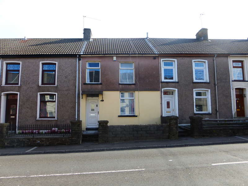 3 Bedrooms Terraced House for sale in Trebanog Road, PORTH