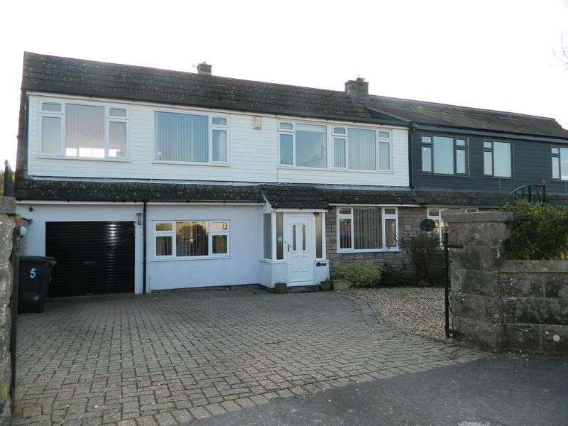 4 Bedrooms Semi Detached House for sale in WORLEBURY