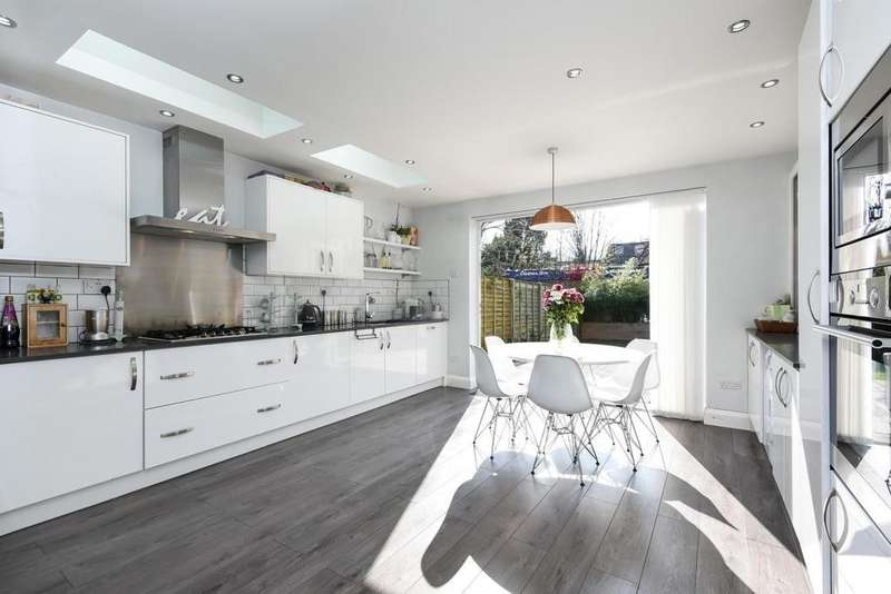4 Bedrooms Terraced House for sale in Coldershaw Road, Ealing, W13