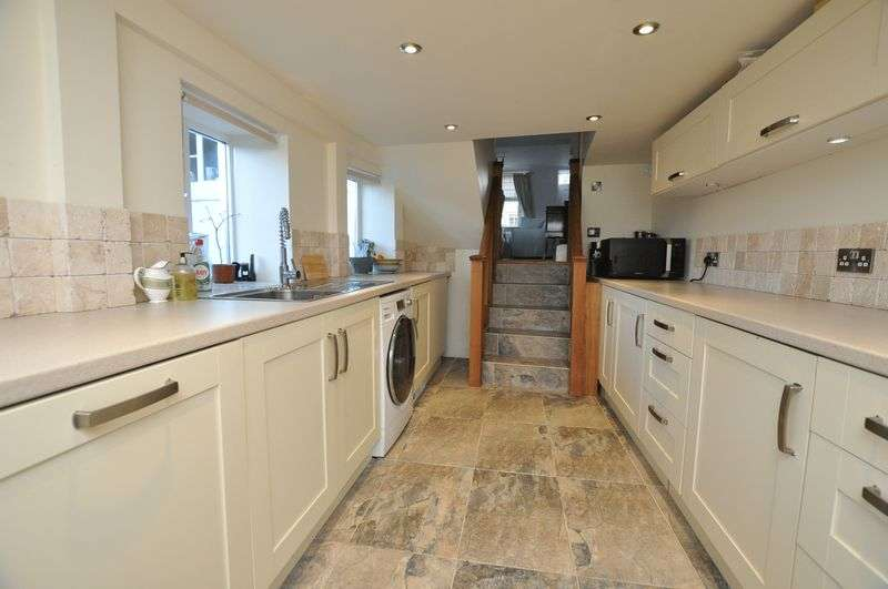 3 Bedrooms Cottage House for sale in Jordan Street, Buckfastleigh