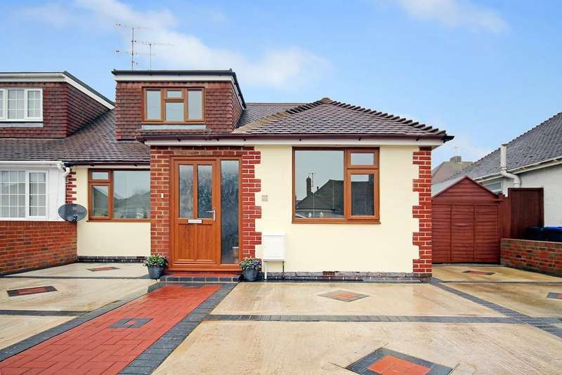 4 Bedrooms Semi Detached Bungalow for sale in Ingleside Crescent, Lancing, BN15 8EN