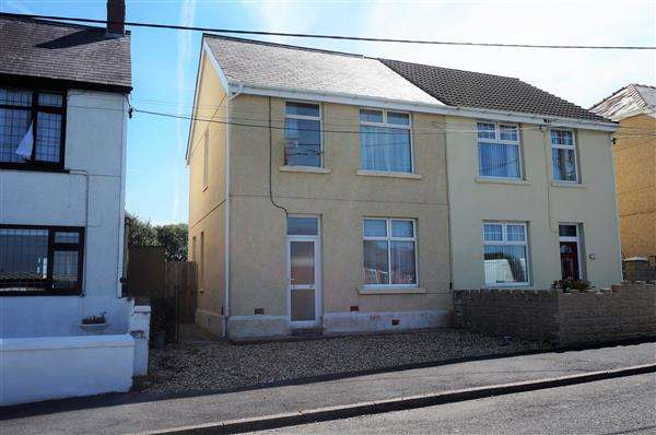 3 Bedrooms Semi Detached House for sale in Black Lion Road, GORSLAS, Llanelli