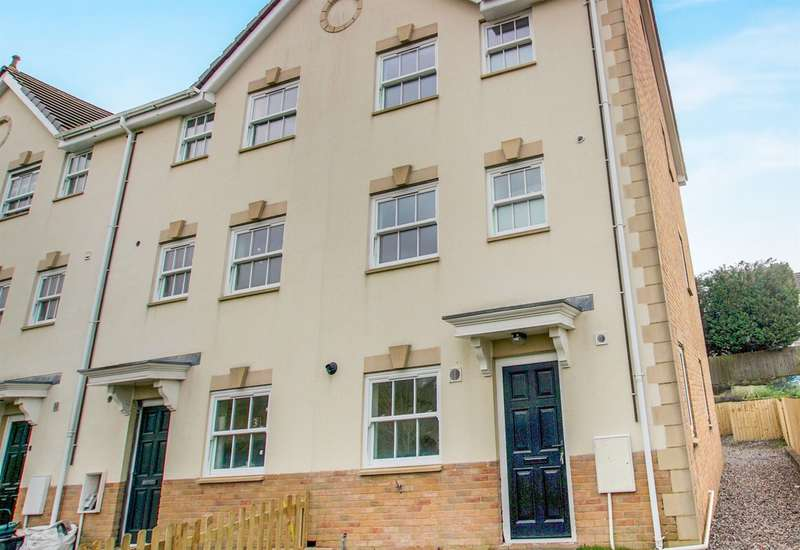 4 Bedrooms Town House for sale in Seion Place, Seven Sisters, Neath