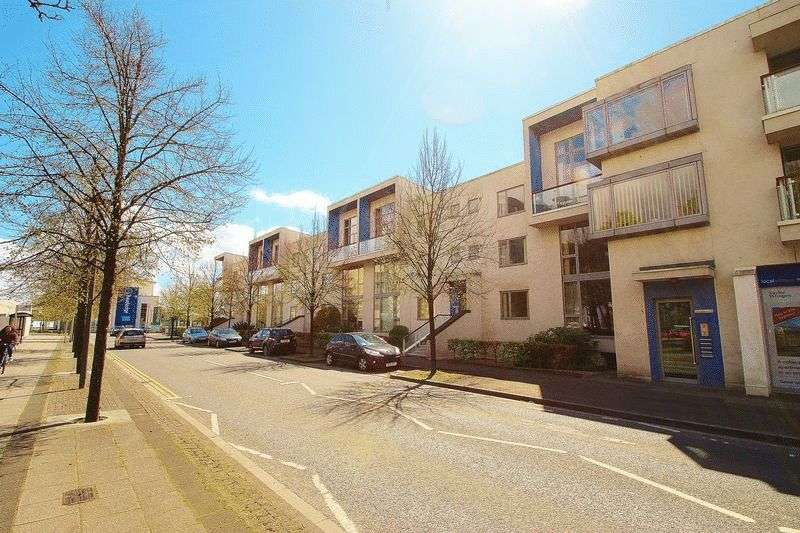 2 Bedrooms Flat for sale in Harbour Road, Portishead