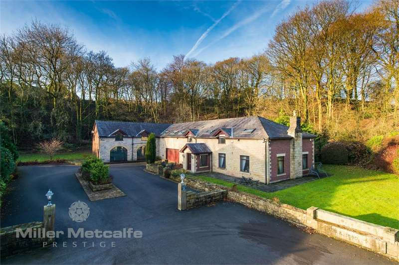 5 Bedrooms Detached House for sale in Ashworth Lane, Sharples, Bolton, Lancashire