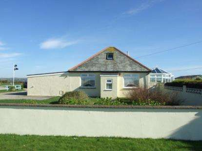 3 Bedrooms Bungalow for sale in Delabole, Cornwall