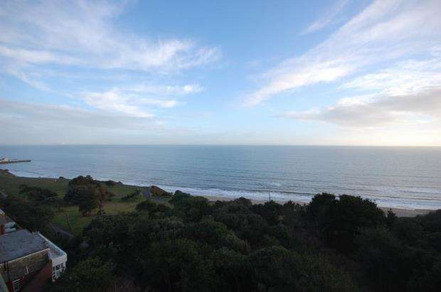 4 Bedrooms Flat for sale in West Cliff Road, Bournemouth, BH2