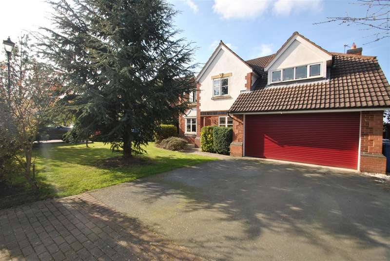 5 Bedrooms Property for sale in Dashwood Close, GRAPPENHALL HEYS, Warrington, WA4