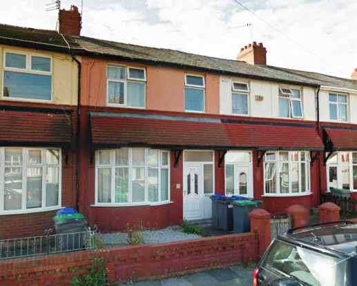 4 Bedrooms Terraced House for sale in The Crescent, Blackpool, Lancashire, FY4 1EQ