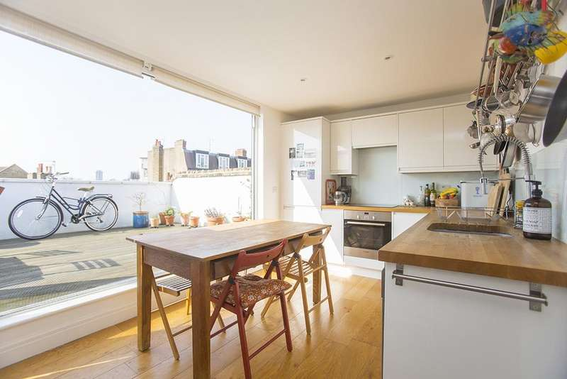 1 Bedroom Duplex Flat for sale in Chatsworth Road, Hackney, London E5