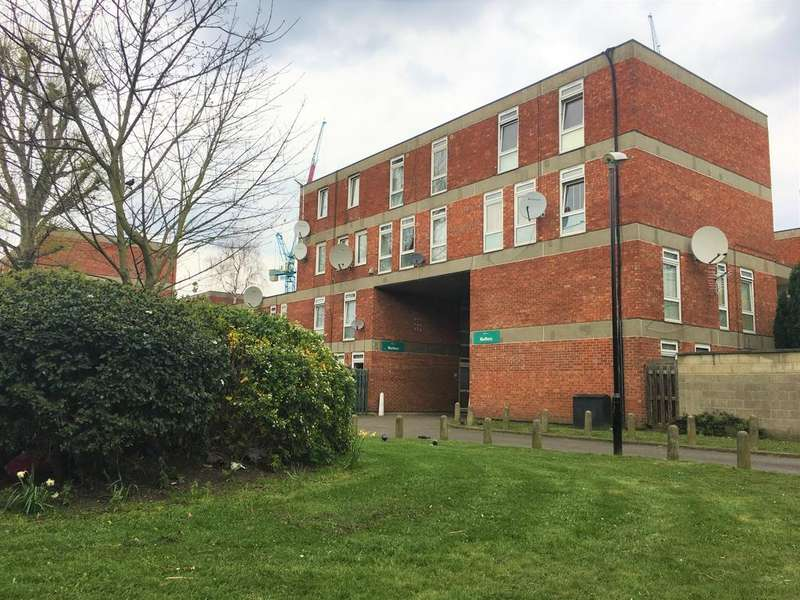 3 Bedrooms Flat for sale in London NW6