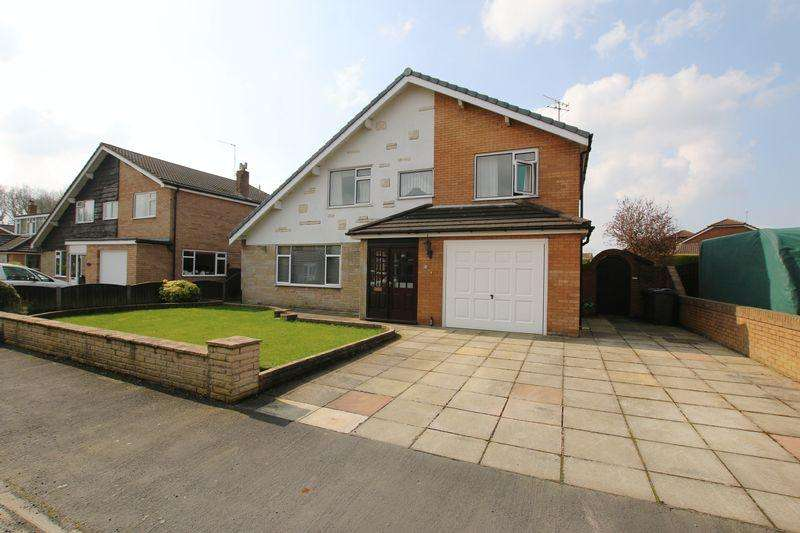 4 Bedrooms Detached House for sale in Charles Close, Hesketh Bank