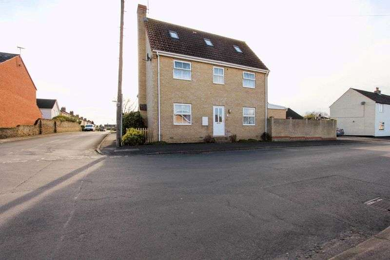 3 Bedrooms Semi Detached House for sale in Brook Street, Soham