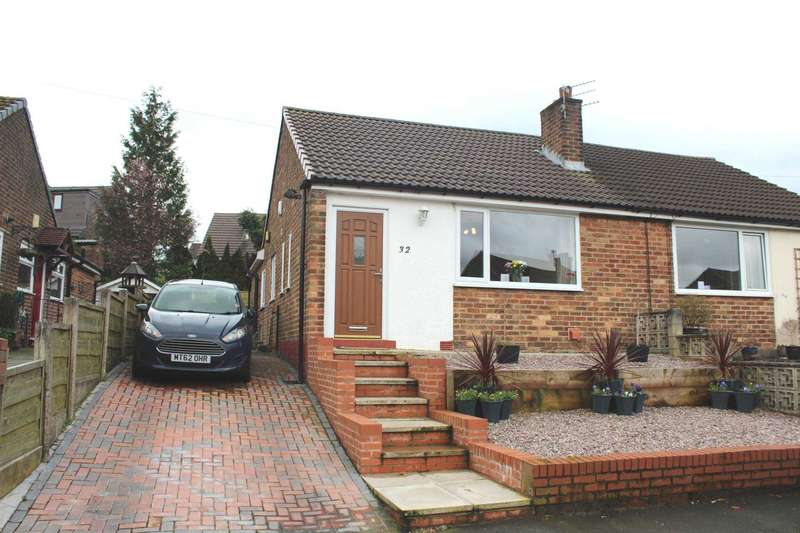 2 Bedrooms Semi Detached Bungalow for sale in Bramhall Avenue, Harwood