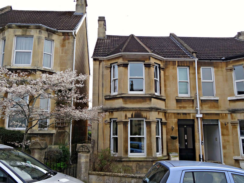 4 Bedrooms End Of Terrace House for sale in Winchester Road, Oldfield Park, Bath