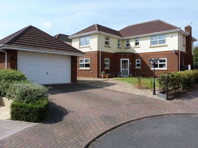 5 Bedrooms House for sale in Dereham Way, Sandymoor, WA7 1XR
