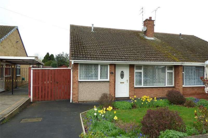3 Bedrooms Semi Detached Bungalow for sale in Scott Avenue, Weddington, Nuneaton, Warwickshire