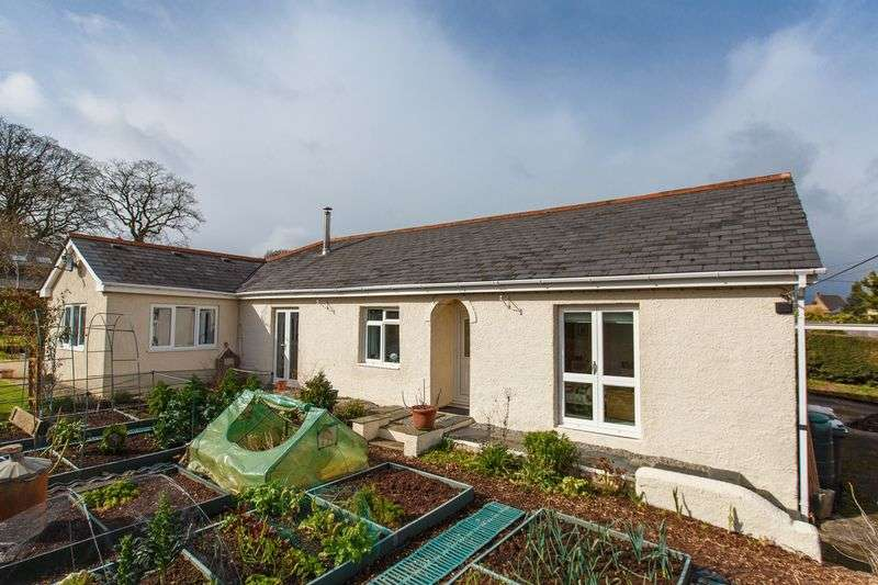 4 Bedrooms Detached Bungalow for sale in Bridge Road, Copplestone