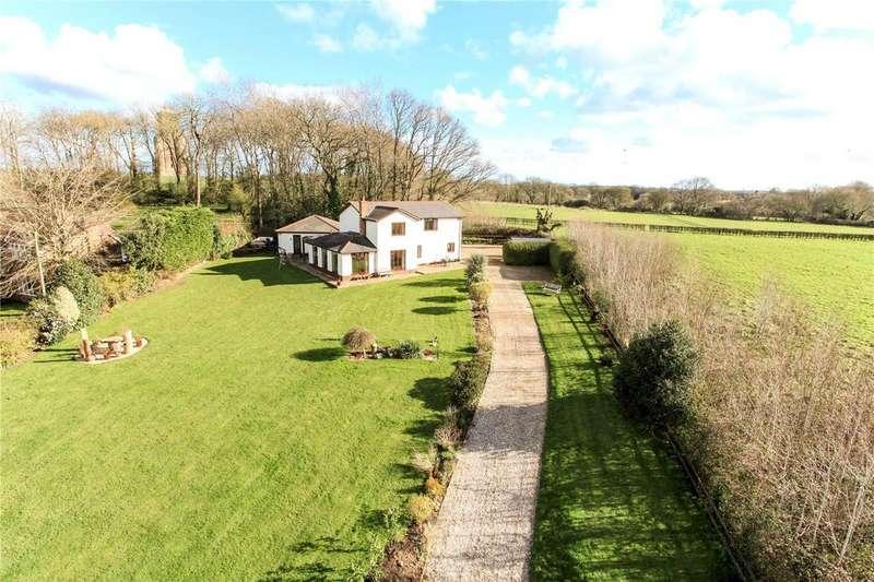 3 Bedrooms Detached House for sale in Chalbury, Wimborne, Dorset, BH21