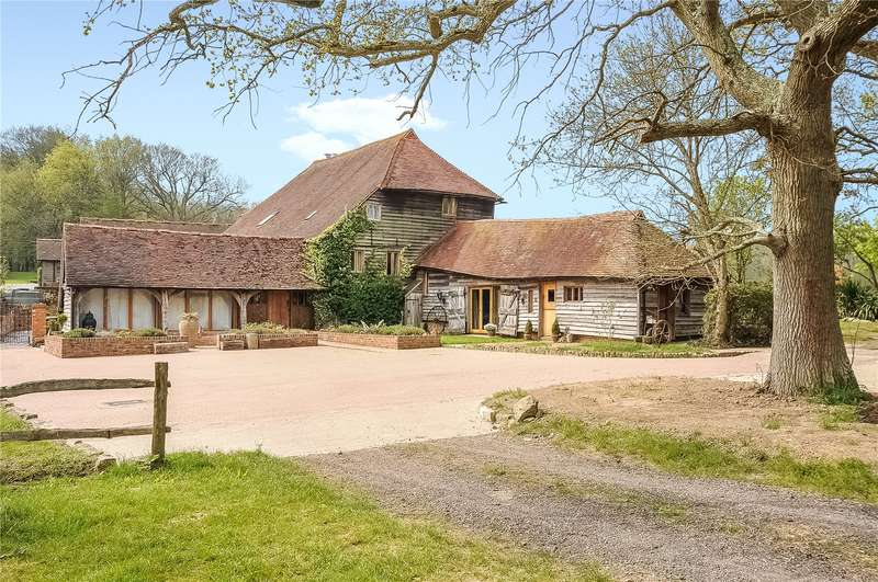 5 Bedrooms House for sale in Dial Post, Horsham