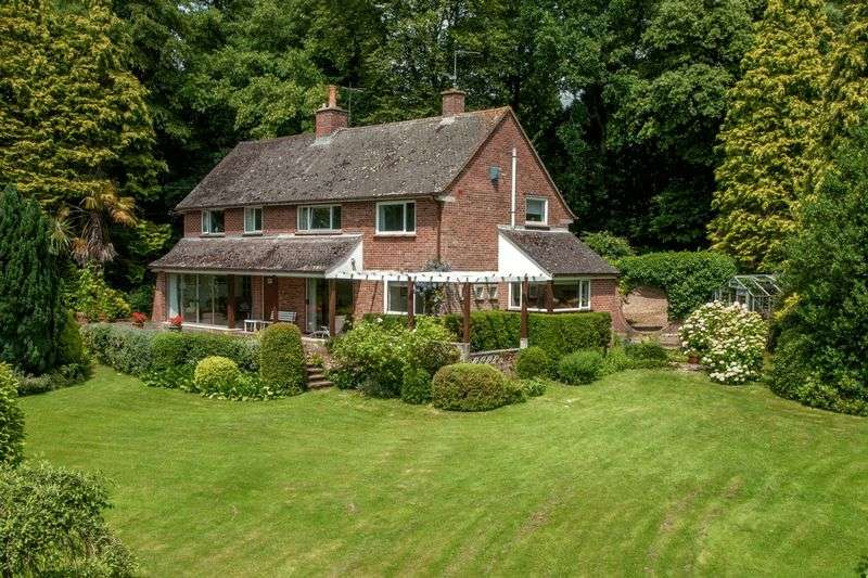 4 Bedrooms Detached House for sale in West Monkton, Taunton