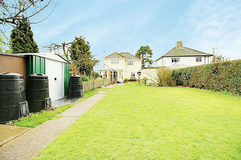 3 Bedrooms Detached House for sale in Cawston Road, Reepham, Norwich