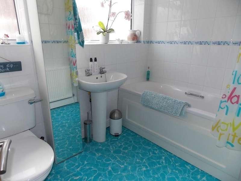 5 Bedrooms Detached Bungalow for sale in Saltdean