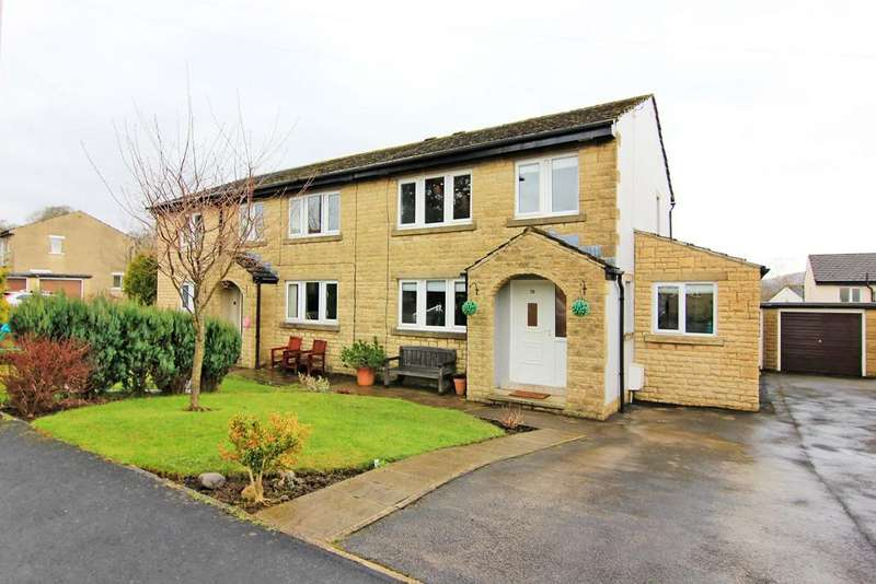 4 Bedrooms Semi Detached House for sale in 19 Dales Avenue, Embsay,
