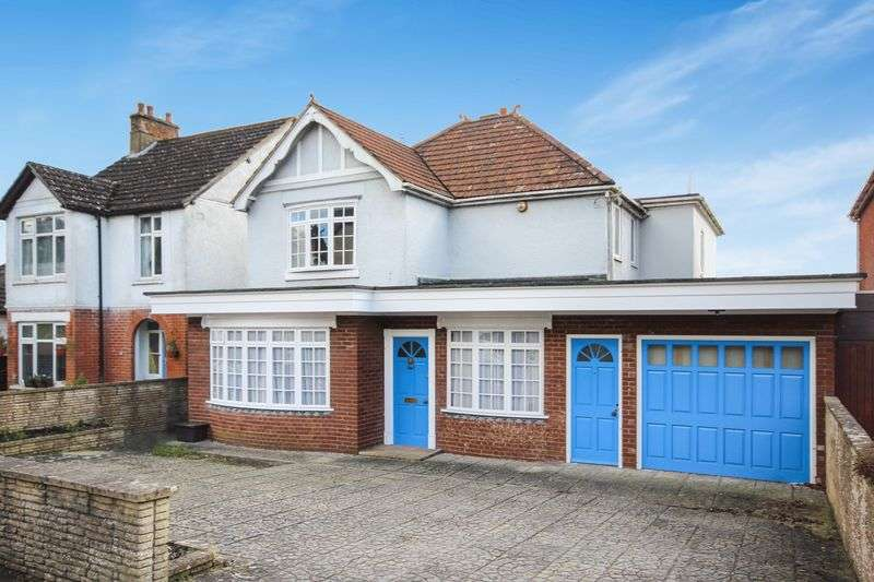 3 Bedrooms Detached House for sale in SHAFTESBURY ROAD, WILTON, SP2