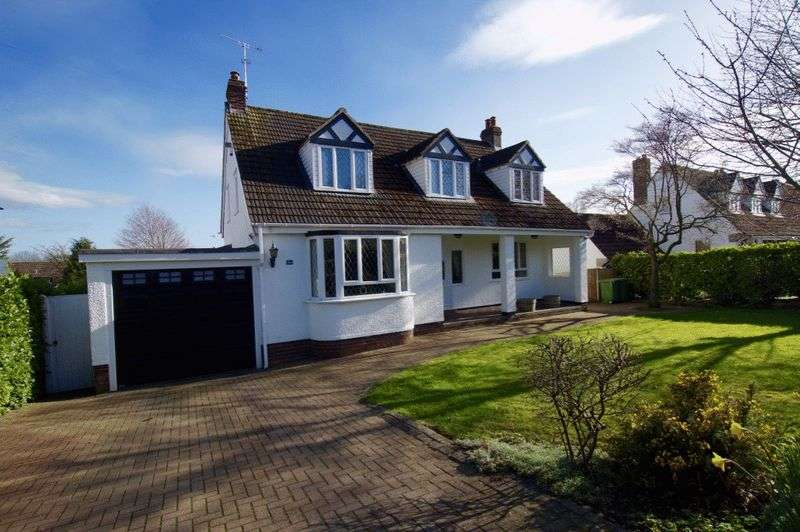 4 Bedrooms Detached House for sale in Park Avenue, Wrexham