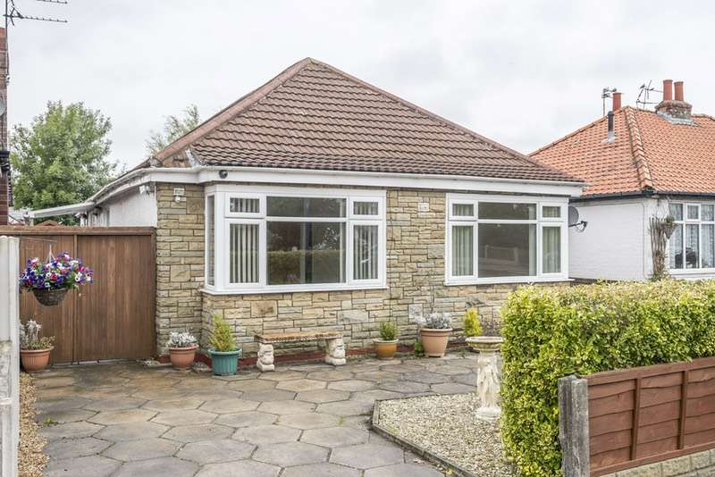 3 Bedrooms Detached House for sale in Moss Rd, Birkdale, Lancashire, PR8