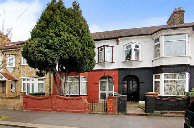 3 Bedrooms Terraced House for sale in Theobald Road, Walthamstow, London