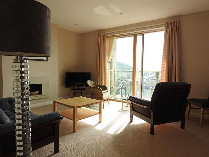2 Bedrooms Flat for sale in Plas Hafod, Parc Y Bryn, Aberystwyth