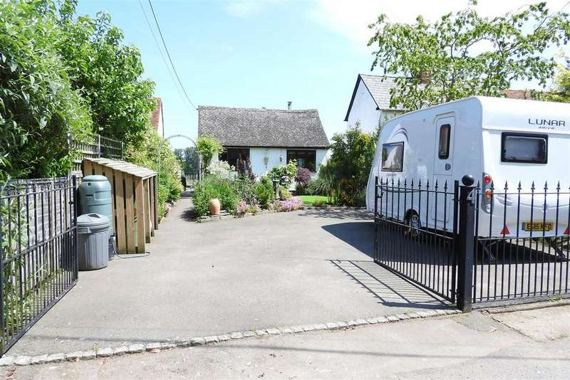 2 Bedrooms Detached Bungalow for sale in Mill Lane, Terling, Chelmsford