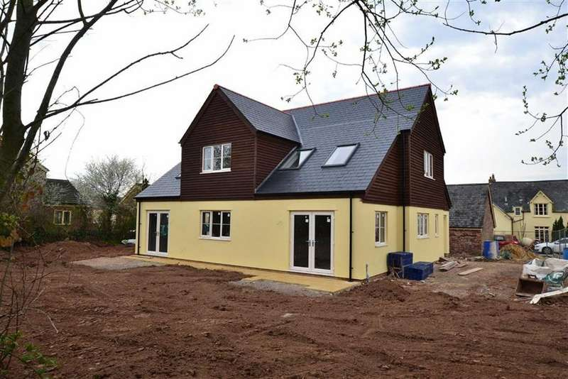 4 Bedrooms Detached House for sale in Tudor Park, Taunton, Taunton, Somerset, TA2