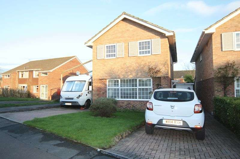 3 Bedrooms Detached House for sale in Hencliffe Way, Bristol
