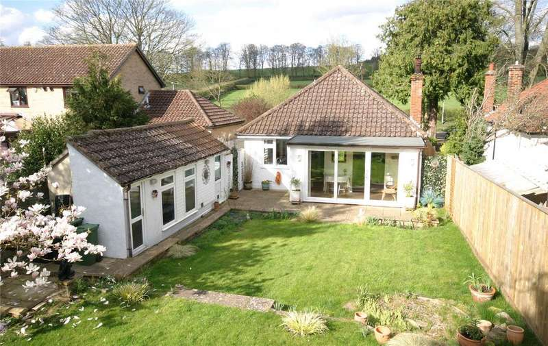 2 Bedrooms Detached Bungalow for sale in Ashley Road, Newmarket, Suffolk, CB8