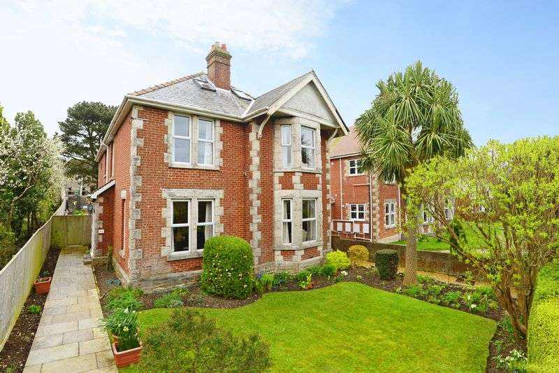 7 Bedrooms Detached House for sale in Victoria Avenue, Swanage, BH19.