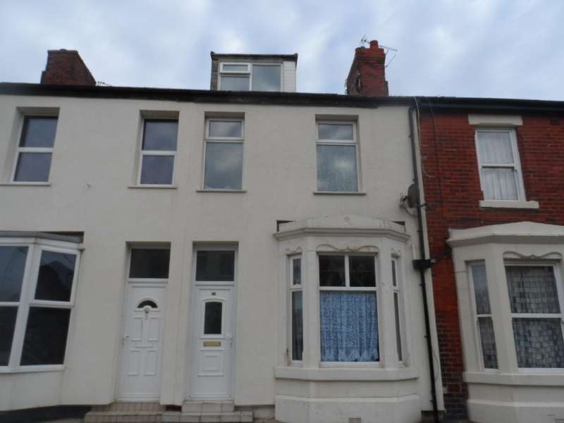 4 Bedrooms Terraced House for sale in Erdington Road, Blackpool, FY1 5EL