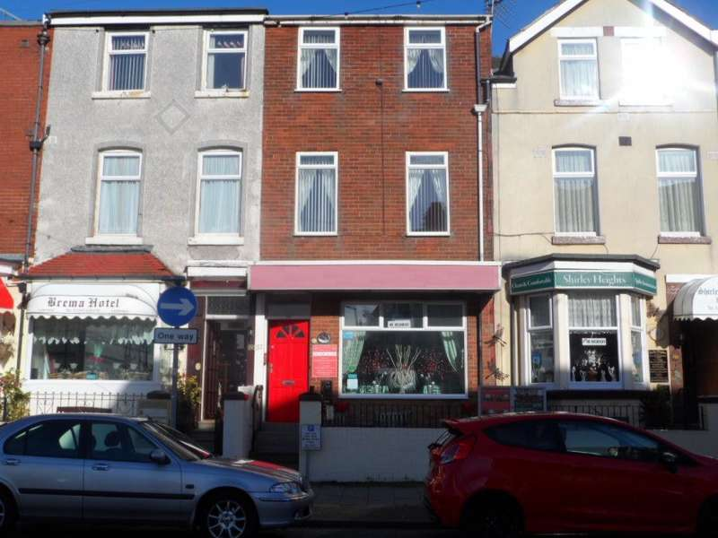 10 Bedrooms Hotel Commercial for sale in Coronation Street, BLACKPOOL, FY1 4QQ