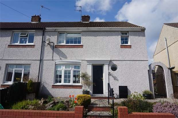3 Bedrooms Semi Detached House for sale in Attlee Road, Blackwood, Caerphilly