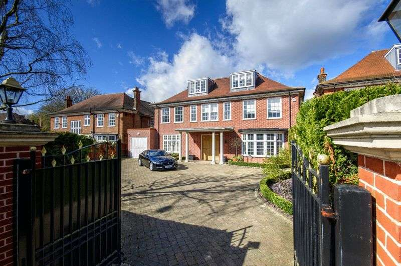 7 Bedrooms Detached House for sale in The Bishops Avenue, London