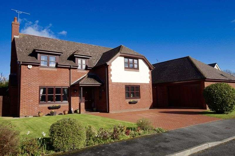 5 Bedrooms Detached House for sale in Alynfields, Hope, Wrexham