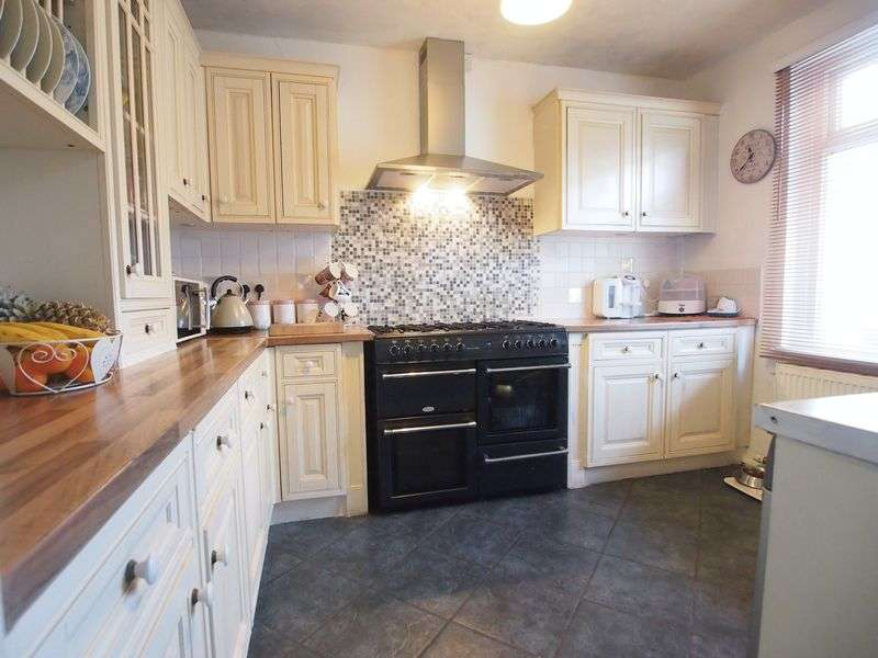 4 Bedrooms House for sale in Park Street, Bare, Morecambe