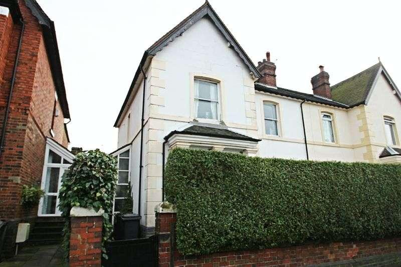 5 Bedrooms Semi Detached House for sale in Marsh Avenue, Wolstanton