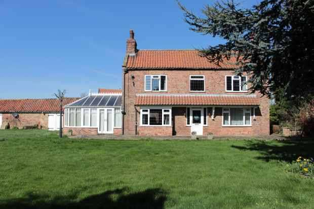 4 Bedrooms Detached House for sale in Common Lane, North Cave, East Riding, HU15 2PE