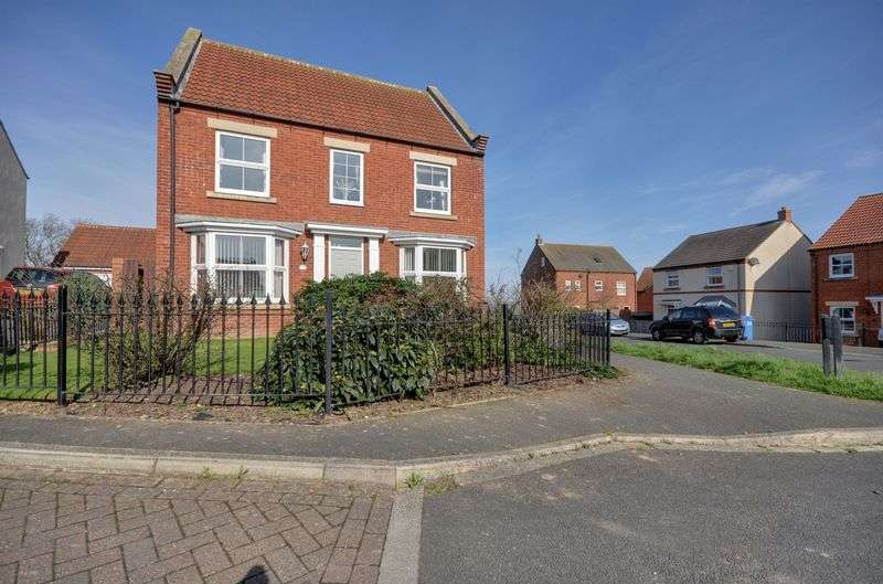 5 Bedrooms Detached House for sale in Chancel Way, Whitby