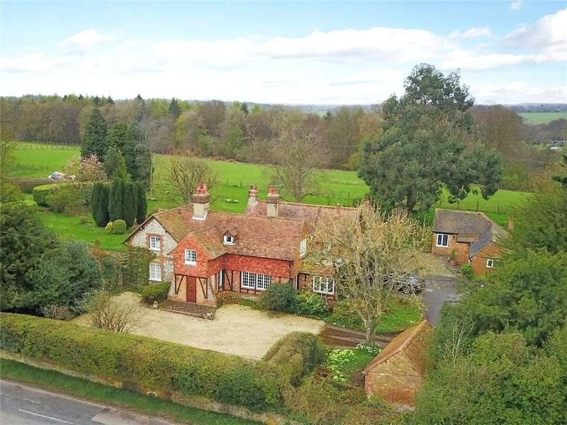 5 Bedrooms Detached House for sale in Ibstone, High Wycombe, Buckinghamshire, HP14