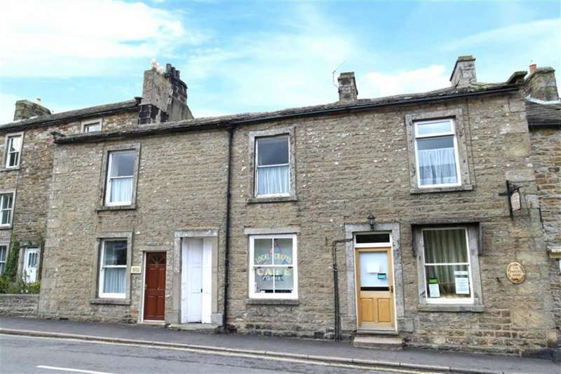 4 Bedrooms Terraced House for sale in Silver Street, Richmond, North Yorkshire
