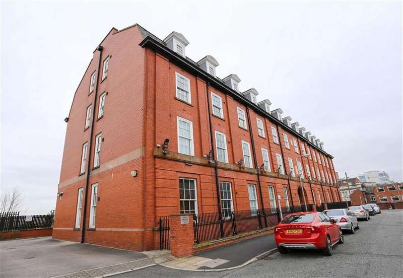 2 Bedrooms Flat for sale in Arden Buildings, Stockport, Cheshire